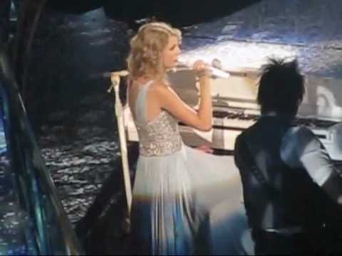 End of Back to December - Taylor Swift in Edmonton - Aug18/11