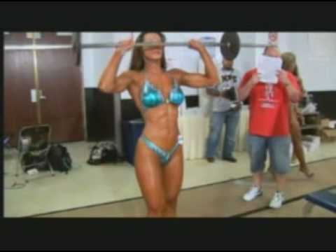 Jelena Abbou: Pump Room before competition