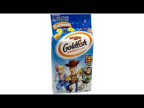 Toy Story Goldfish Crackers Unwrapping