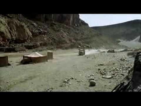 El retorno de los malditos (Las colinas tienen ojos 2) - Tráiler español