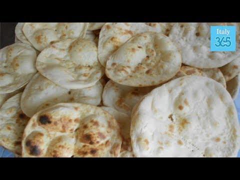 Pane azzimo: la ricetta per prepararlo a casa - Italy 365