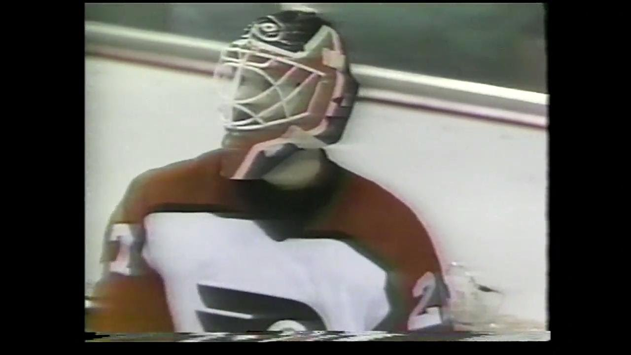Ron Hextall scoring his first goal.......it's one more than I ever got!