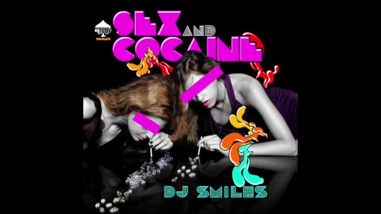 Elton John Book Details Wild Cocaine Sex Parties