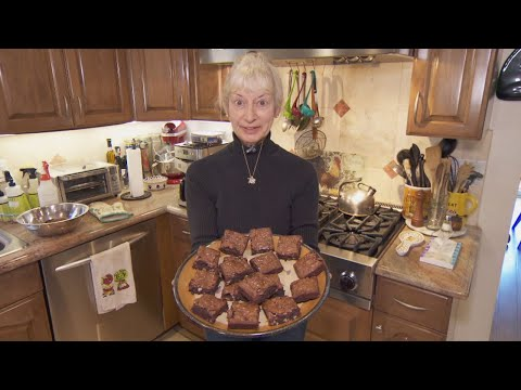 Why This Woman Says Katharine Hepburns Brownie Recipe Wrecked Her Marriage