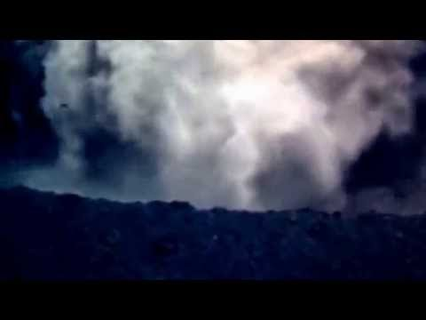 new raw footage Nishinoshima in Japan   Volcanic Island  Massive Eruptions JCG video   #西之島‬   YouTu