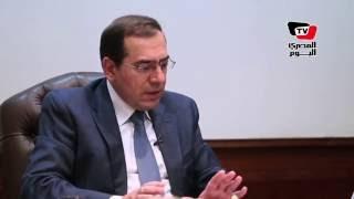 وزير الطيران يوضح حقيقة وقف إمداد السعودية بالمواد البترولية لمصر