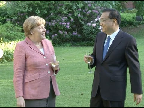 Chinese Premier Calls for Joint Efforts with Germany in Promoting Trade Liberalization