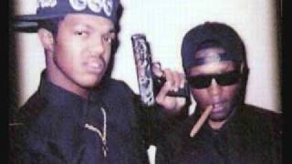 DJ PAUL & LORD INFAMOUS ( LIQUOR AND DAT BUD )