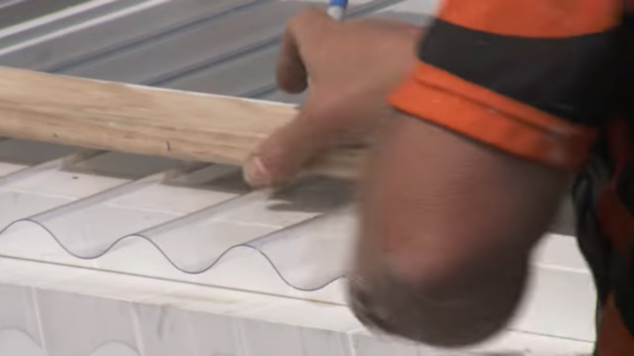 how to install corrugated polycarbonate roofing mitre 10 easy as - Corrugated Roof Panels