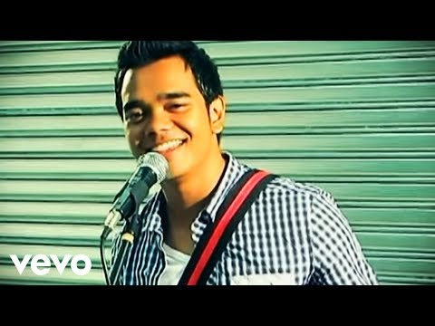 Alif Satar - Cukup Indah (Music Video)