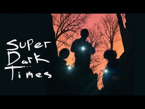 Download Super Dark Times - Offizieller Trailer