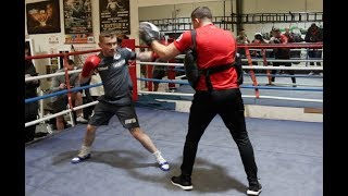 THE JACKAL! - CARL FRAMPTON LOOKING SUPER-SHARP - SMASHING THE PADS WITH TRAINER JAMIE MOORE