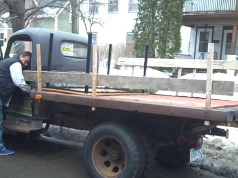 The King of all junk and antiques PICKER  find 1946 chevy Dump Truck Rat Rod Barn Find  Reality