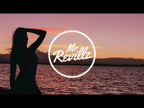 Robert Falcon - Kiss Me (ft. Ghostess)
