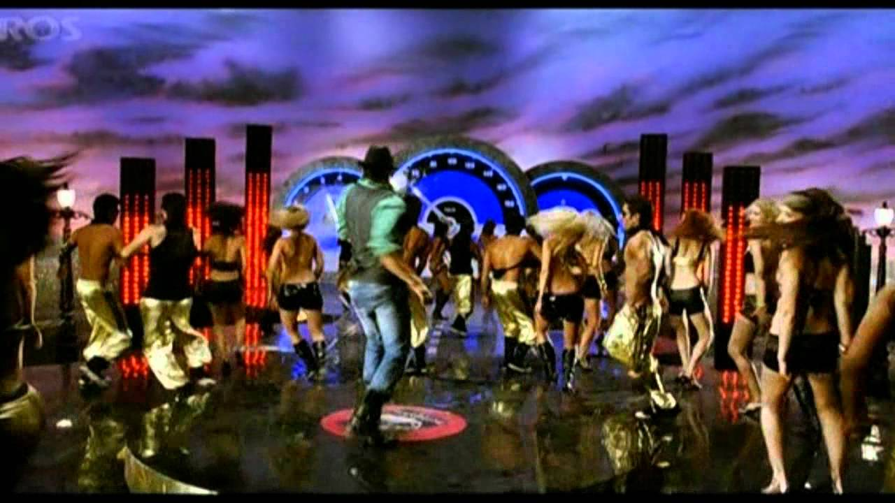 Download Bheja Fry 2-We Go Crazy-Pakwood City's(only full HQ Song)video edited-2011