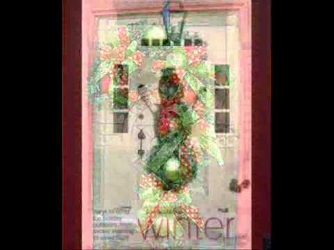 Decoraciones para puertas y ventanas de navidad youtube for Puertas antiguas para decoracion