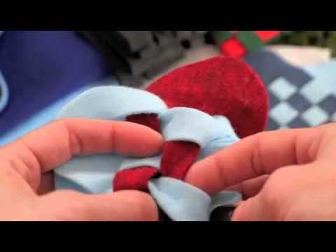 Weaving Danish Heart Baskets For Christmas