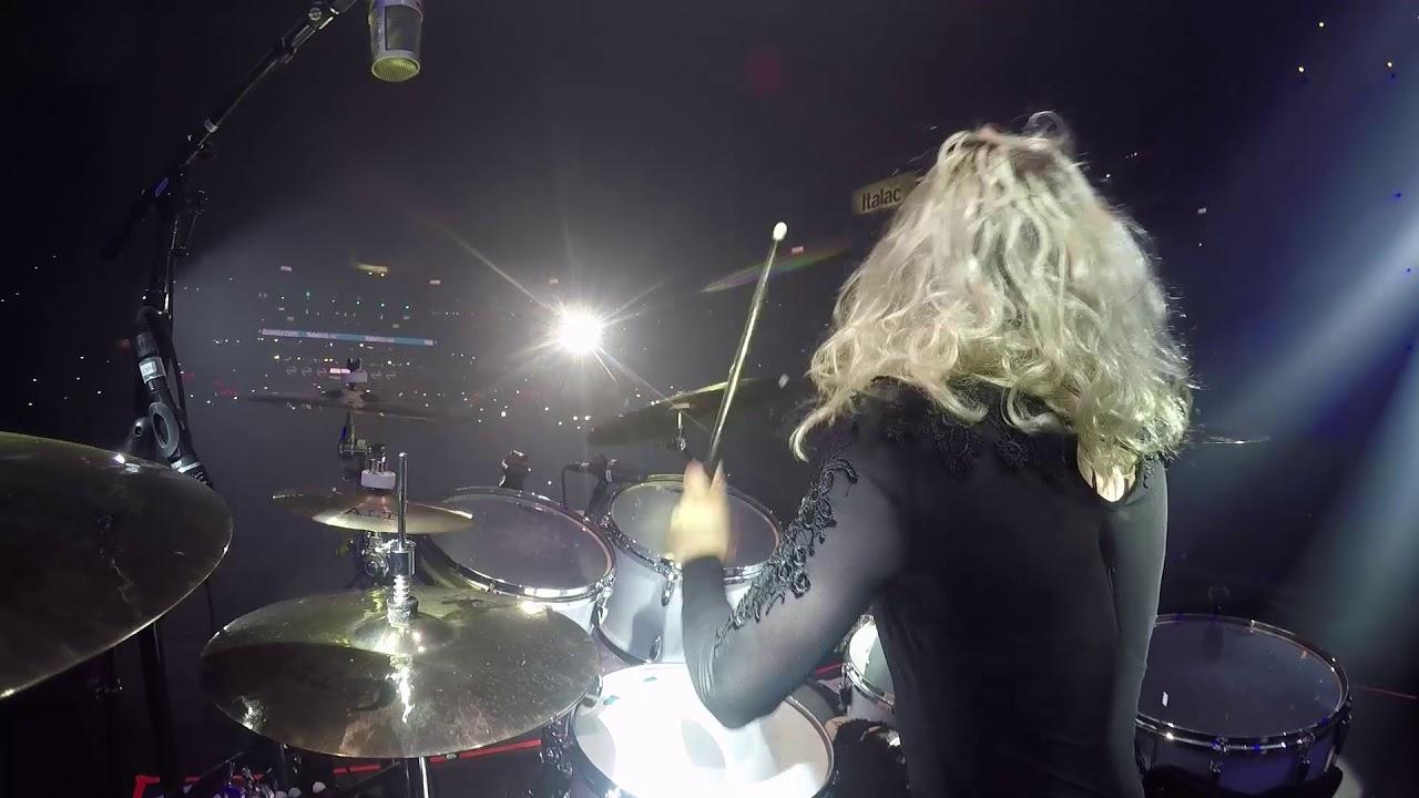 Shania Twain Drum Solo - Elijah Wood Drum Cam - Barretos ...