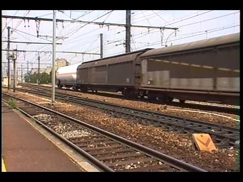 FRET SNCF PARIS  2  CC 6500  WITH LARGE MIXED FREIGHTS  7 2001