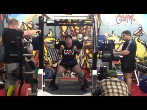 Wayne Howlett - 400kg raw 5 weeks out