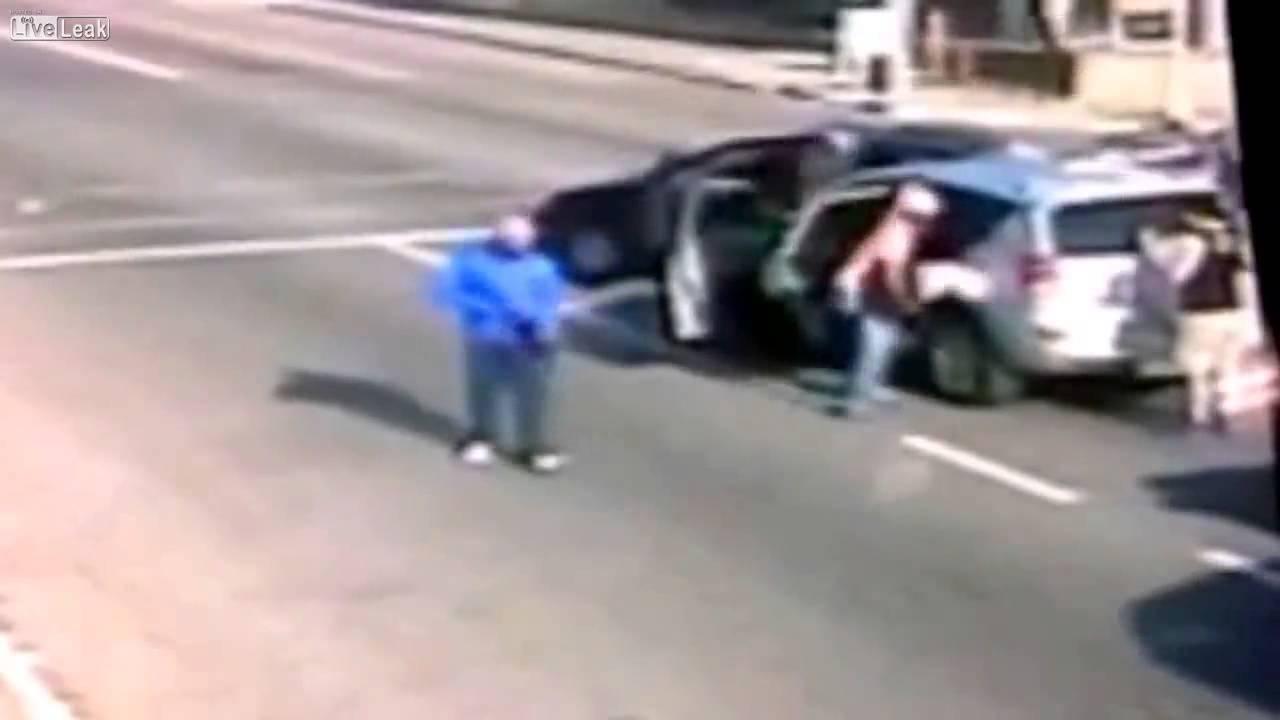Carjacking In Johannesburg Cbd Youtube