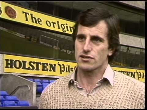 Ray Clemence discusses his international withdrawl | Thames News