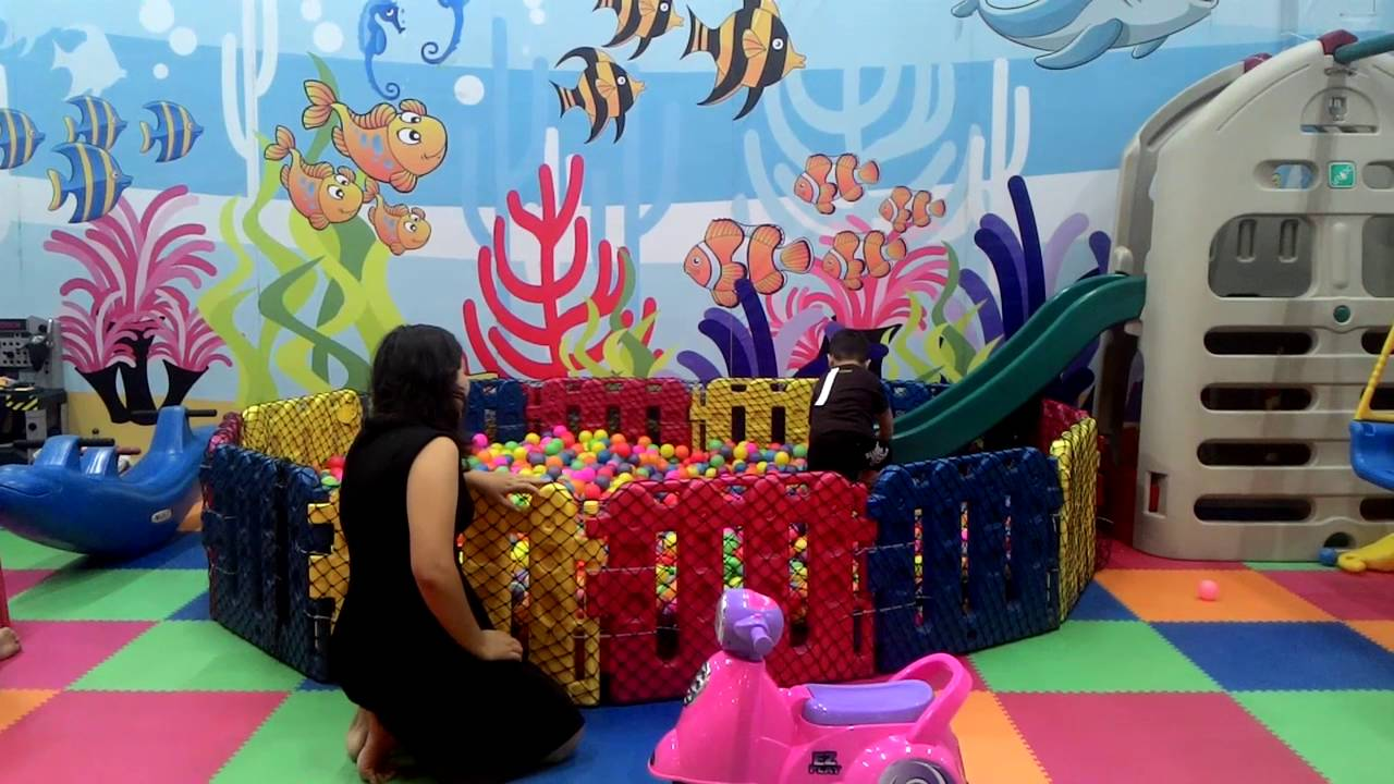 Kids Playground Metro Indah Mall Bandung Youtube