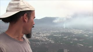 """BREAKING NEWS! The village """"La Laguna"""" is experiencing its worst moment. The Lava reaches the center"""