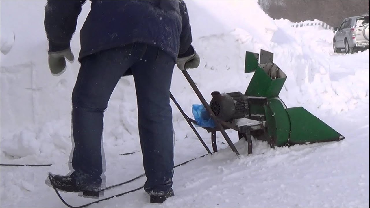 Как сделать из триммера снегоуборщик 710