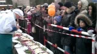Судак  Приготовление самого длинного в Украине салата Селедка под шубой