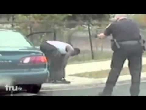 Police Shootout - Man gets shot in Head [Warning Graphic Footage]