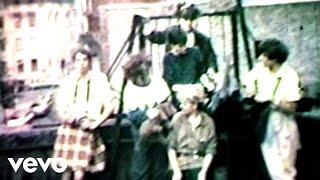 Смотреть клип Beastie Boys - Holy Snappers