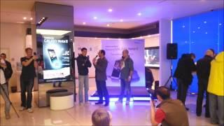 Сестры Зайцевы, старт продаж Galaxy Note II в галерее Самсунг