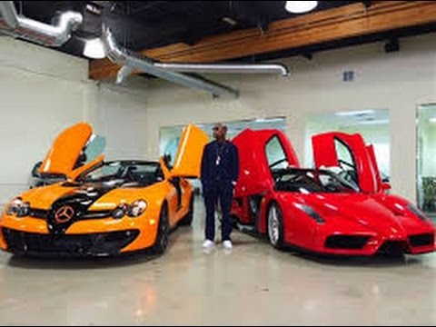 floyd mayweather shows off brand new sports cars