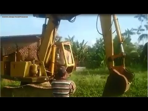 Escavadeira FIATALLIS S9 vovozinha na atividade