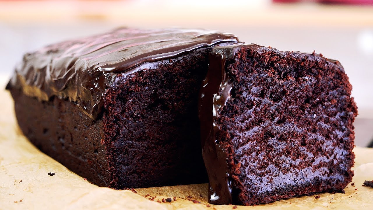 Chocolate Fudge Cake Cupcakes