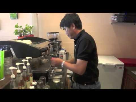 [DD-Coffee]การชงคาราเมลราเต้ร้อน