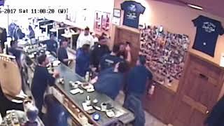 Man saves choking New York cop at Staten Island Diner