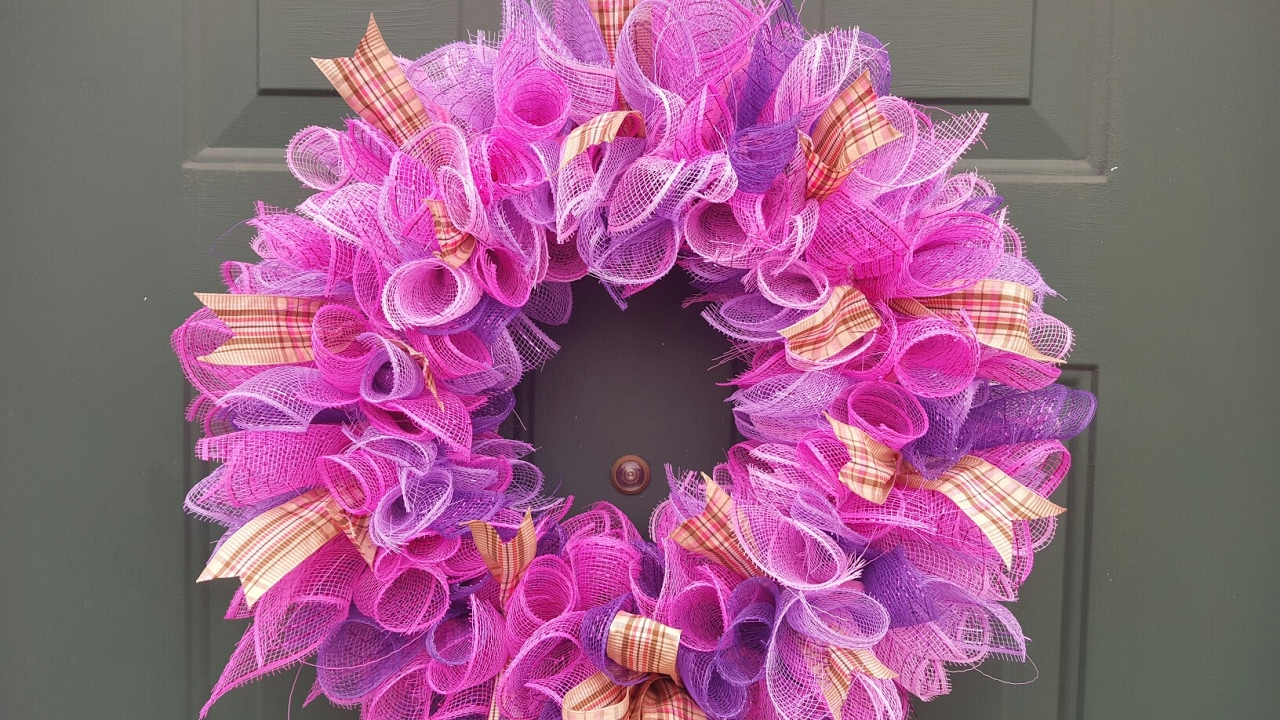 Geo mesh wreath form - Spring Deco Mesh Wreath Dollar Tree Diy