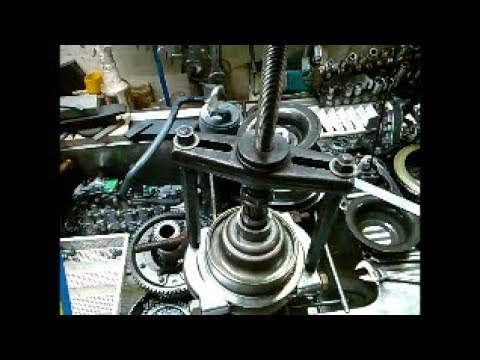 CVT RE0F10A Nissan Mitsubishi Jeep JF011E Part 2 of 2 F1CJA CVT2M  Disassembly Teardown Analysis