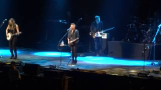 Dixie Chicks - Lubbock Or Leave It (C2C London 15/3/14)