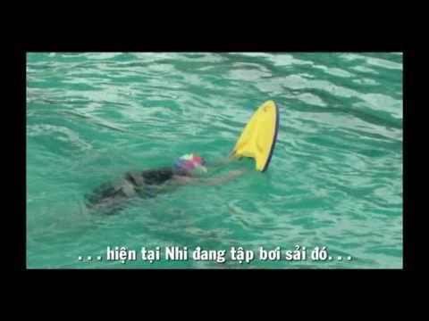 Truong Yen Nhi 4tuoi - Boi ech