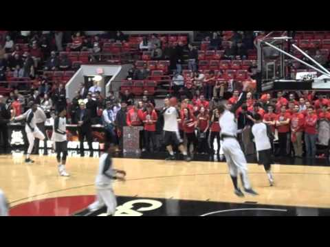Michigan State vs. Northeastern - warmups(2) 12.19.15 - Matthews Arena, Boston