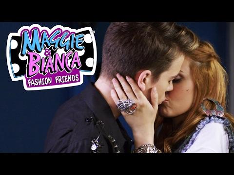 Maggie & Bianca Fashion Friends | Il primo bacio di Maggie e Andrew!
