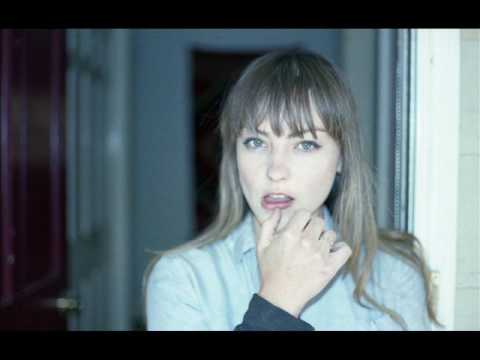 Angel Olsen Intern Trailer Doovi
