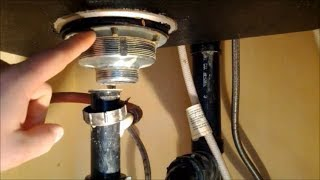 How to Replace A Kitchen Sink Strainer