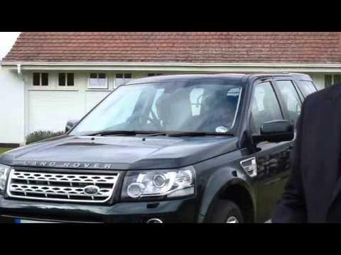 The Queen and Duke of Edinburgh driving away @ Car