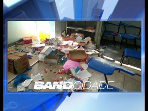 Escola municipal é invadida por criminosos ligados ao tráfico