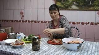 Сегодня блинчики и опять салатик