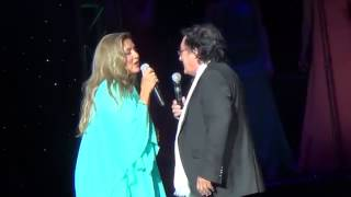 Al Bano and Romina Power Dancing Together in concert 4/26/2014